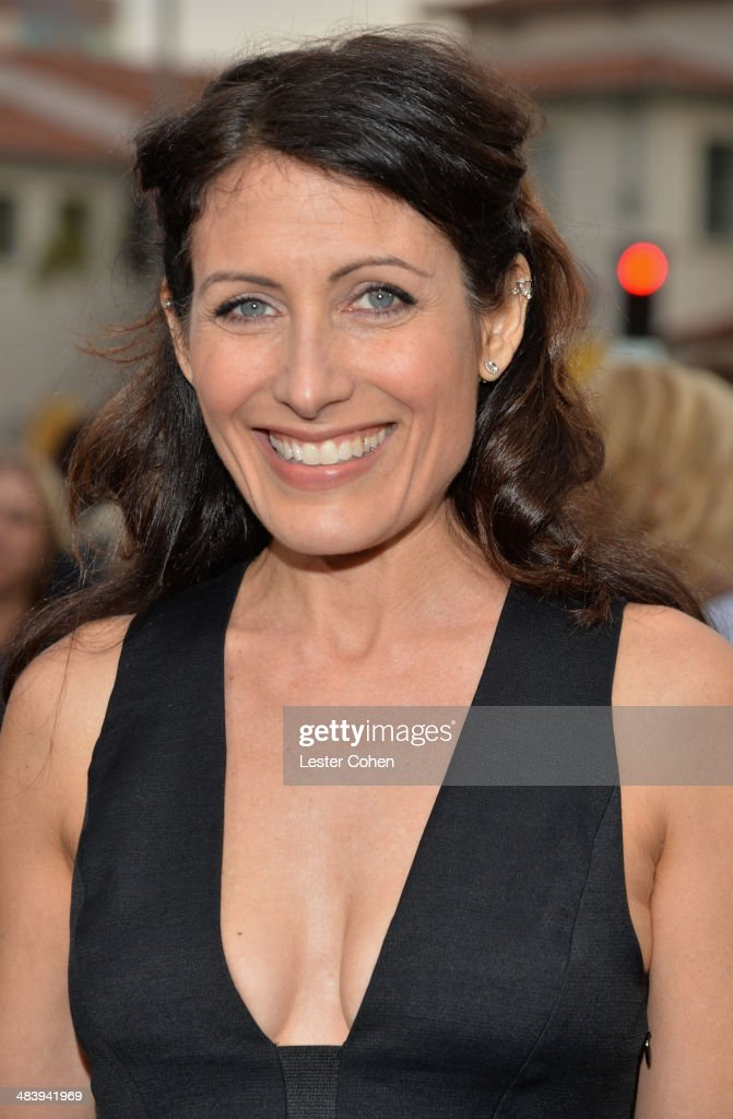 Actress Lisa Edelstein attends the premiere of Warner Bros Pictures and Alcon Entertainment's 'Transcendence' at Regency Village Theatre on April 10...