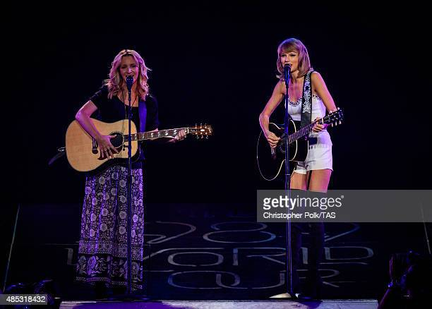 Actress Lisa Kudrow and singersongwriter Taylor Swift perform onstage during Taylor Swift The 1989 World Tour Live In Los Angeles at Staples Center...