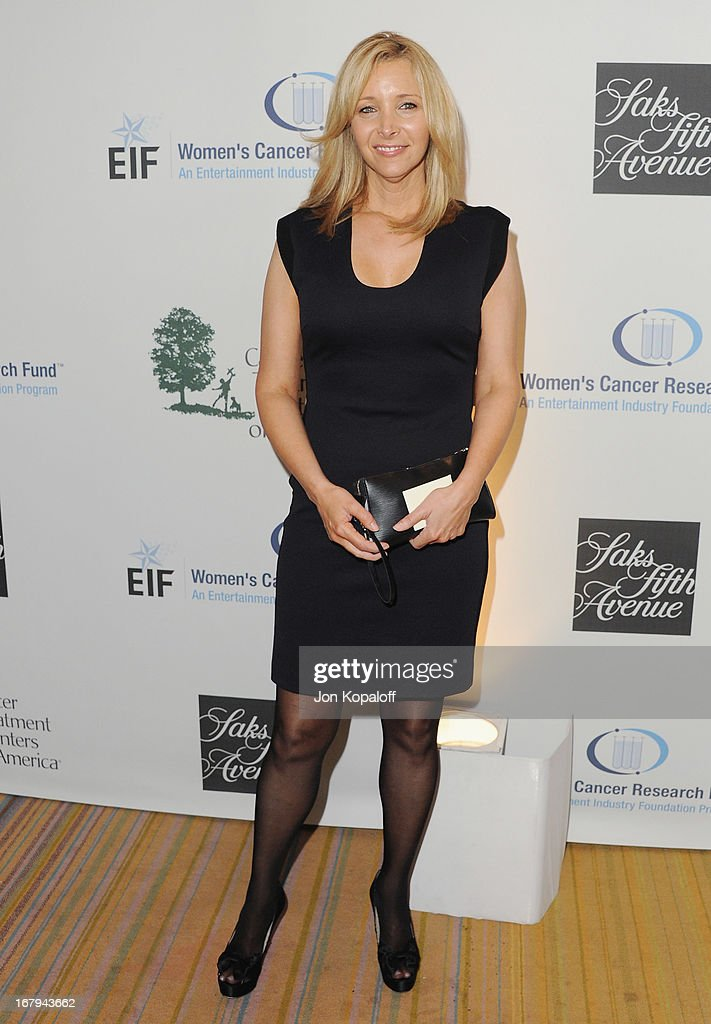 Actress Lisa Kudrow arrives at An Unforgettable Evening benefiting EIF's Women's Cancer Research Fund at the Beverly Wilshire Four Seasons Hotel on May 2, 2013 in Beverly Hills, California.