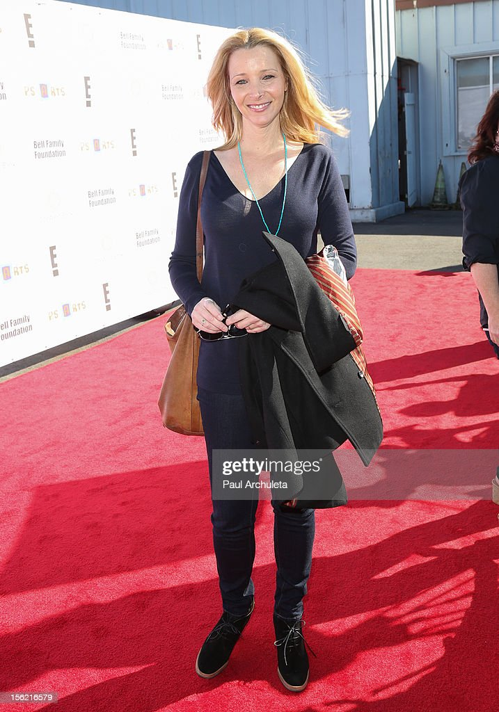 Actress Lisa Kudrow attends the 14th anniversary of P.S. Arts Express Yourself gala at Barker Hangar on November 11, 2012 in Santa Monica, California.