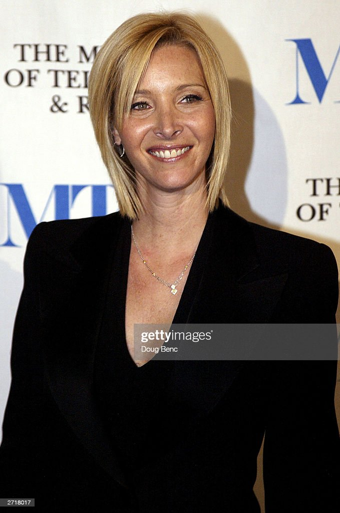 Actress Lisa Kudrow poses before the Museum of Television & Radio's Annual Los Angeles Gala on November 10, 2003 at the Beverly Hills Hotel in Beverly Hills, California.