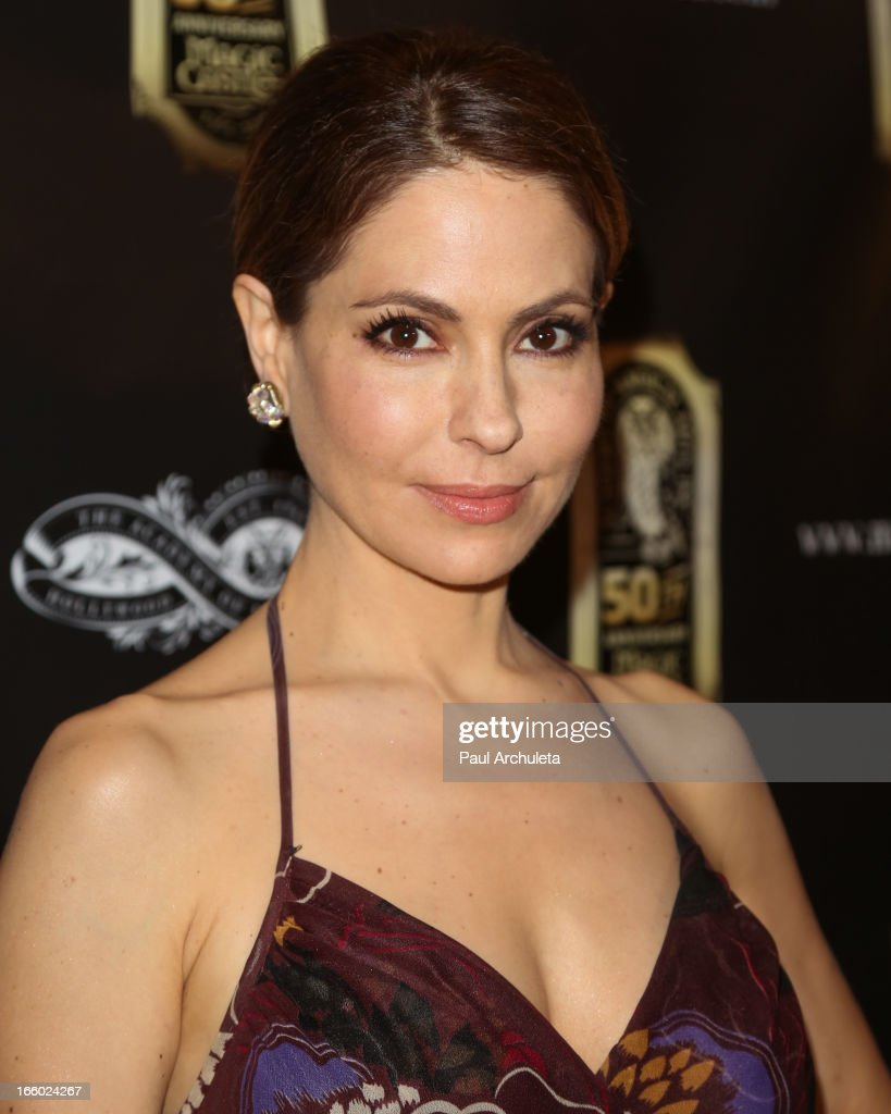 Actress Lisa LoCicero attends the 45th annual AMA awards show at the Orpheum Theatre on April 7, 2013 in Los Angeles, California.