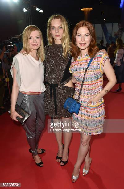 Actress Lisa Maria Potthoff Lilith Stangenberg and Nora Waldstaetten during the 'Griessnockerlaffaere' premiere at Mathaeser Filmpalast on August 1...