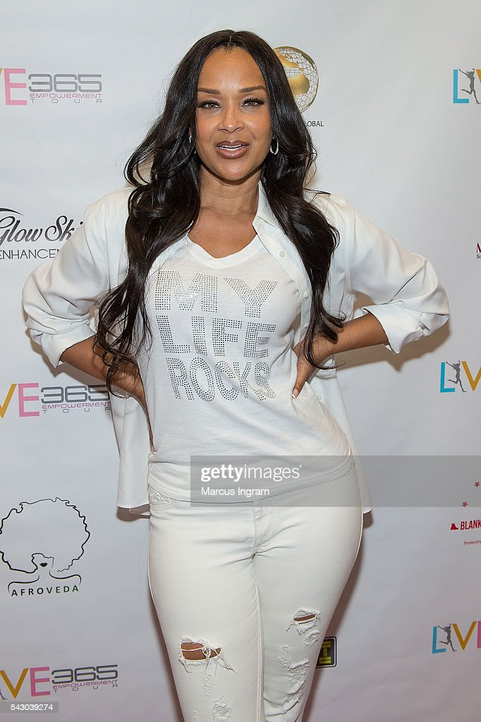 Actress Lisa Raye McCoy attends the LIVE 365 Empowerment Tour on June 25, 2016 in Atlanta, Georgia.