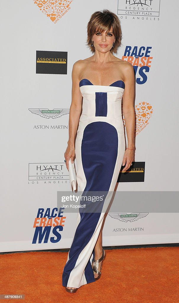 Actress Lisa Rinna arrives at the 21st Annual Race To Erase MS Gala at the Hyatt Regency Century Plaza on May 2, 2014 in Century City, California.