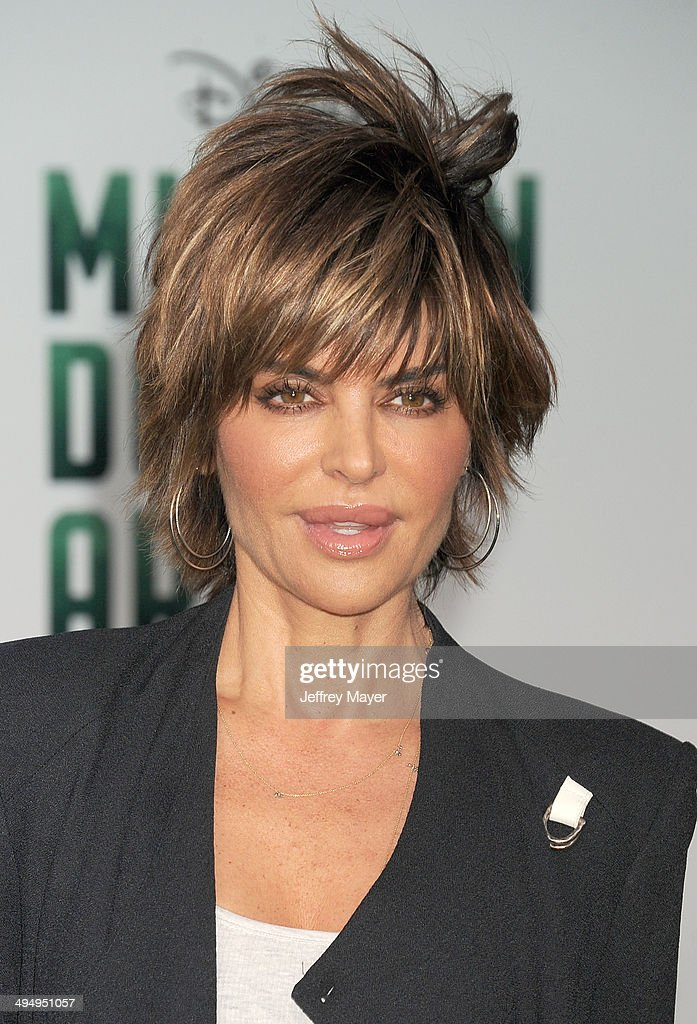 Actress <a gi-track='captionPersonalityLinkClicked' href=/galleries/search?phrase=Lisa+Rinna&family=editorial&specificpeople=202100 ng-click='$event.stopPropagation()'>Lisa Rinna</a> arrives at the Los Angeles premiere of 'Million Dollar Arm' at the El Capitan Theatre on May 6, 2014 in Hollywood, California.