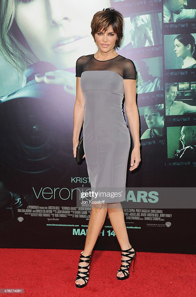 Actress <a gi-track='captionPersonalityLinkClicked' href=/galleries/search?phrase=Lisa+Rinna&family=editorial&specificpeople=202100 ng-click='$event.stopPropagation()'>Lisa Rinna</a> arrives at the Los Angeles premiere 'Veronica Mars' at TCL Chinese Theatre on March 12, 2014 in Hollywood, California.
