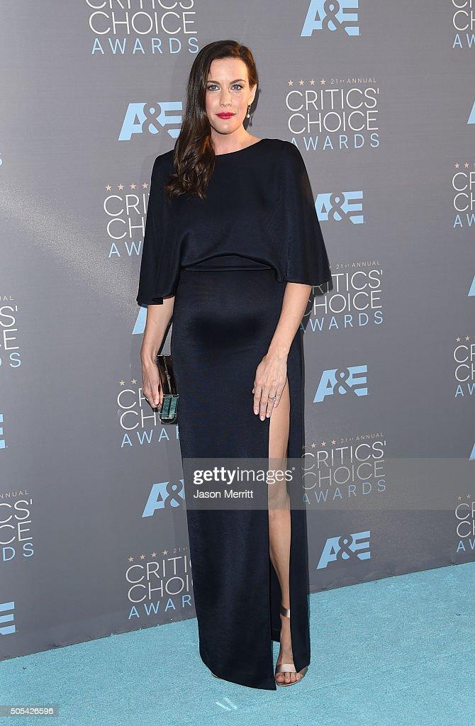 Actress Liv Tyler attends the 21st Annual Critics' Choice Awards at Barker Hangar on January 17, 2016 in Santa Monica, California.