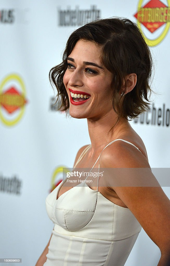 Actress Lizzy Caplan arrives at the premiere of RADiUS-TWC's 'Bachelorette' at ArcLight Cinemas on August 23, 2012 in Hollywood, California.