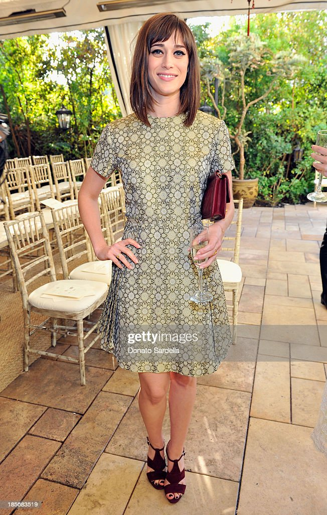 Actress <a gi-track='captionPersonalityLinkClicked' href=/galleries/search?phrase=Lizzy+Caplan&family=editorial&specificpeople=599560 ng-click='$event.stopPropagation()'>Lizzy Caplan</a> attends the 2013 CFDA/Vogue Fashion Fund Event Presented by thecorner.com and Supported by Audi, Living Proof, and MAC Cosmetics at the Chateau Marmont on October 23, 2013 in Los Angeles, California.