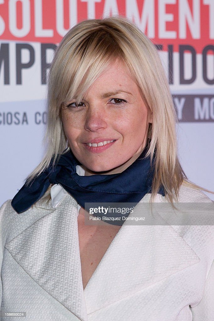 Actress Lluvia Rojo attends 'Absolutamente Comprometidos' premiere at Teatro del Arte de Madrid on December 22, 2012 in Madrid, Spain.