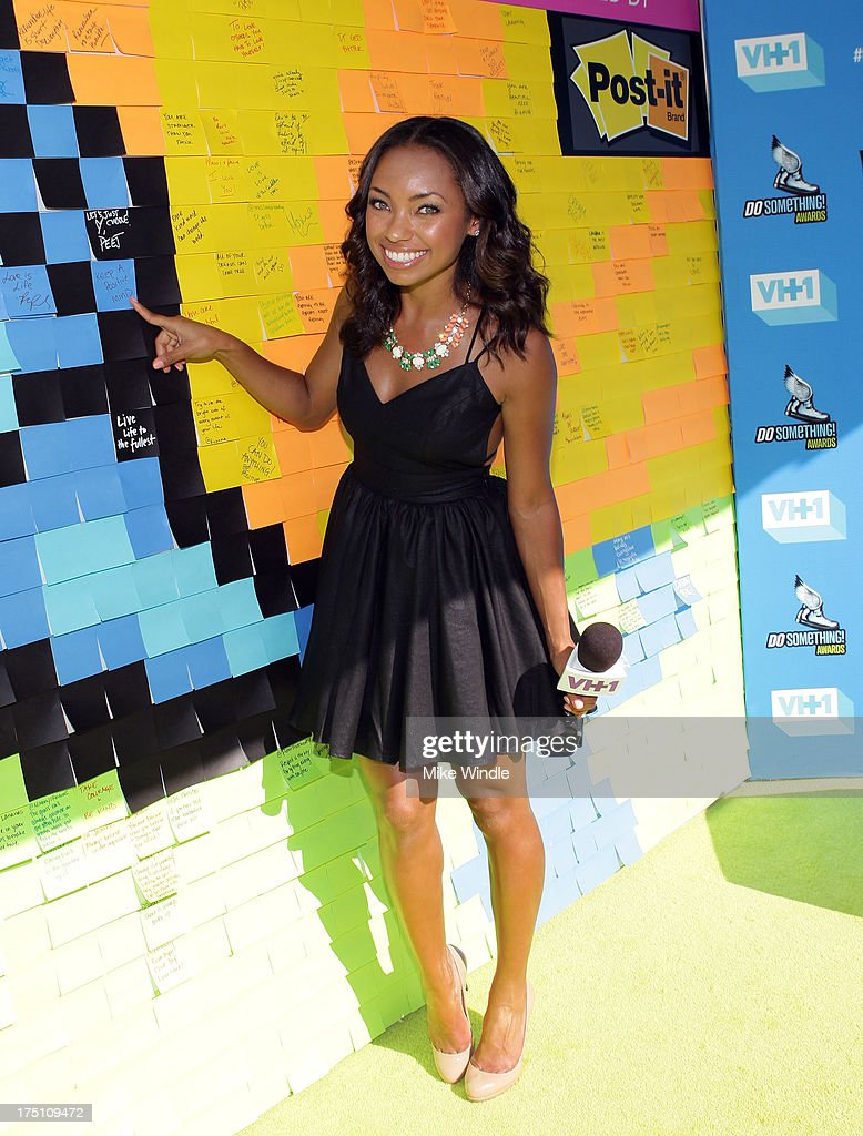 Actress <a gi-track='captionPersonalityLinkClicked' href=/galleries/search?phrase=Logan+Browning&family=editorial&specificpeople=4428135 ng-click='$event.stopPropagation()'>Logan Browning</a> launches Post-it Brand Dreams for Good Contest at the DoSomething.org and VH1's 2013 Do Something Awards at Avalon on July 31, 2013 in Hollywood, California.