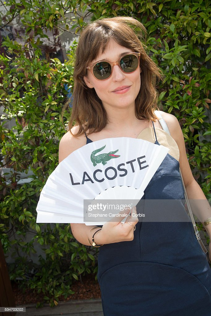 Actress Lola Bessis attends day six of the 2016 French Open at Roland Garros on May 27, 2016 in Paris, France.