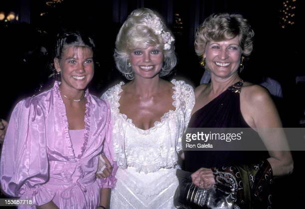 Actress Loni Anderson daughter Deidra Hasselberg and mother Maxine Kallin attend the 33rd Annual Primetime Emmy Awards After Party on September 13...