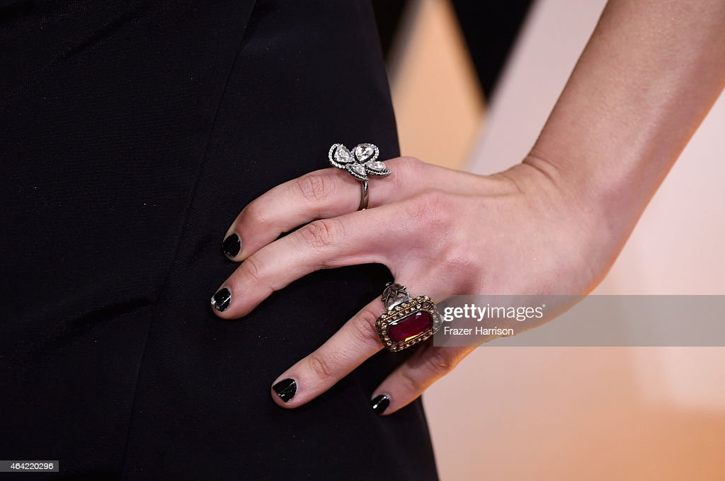 Actress Lorelei Linklater, fashion detail, attends the 87th Annual Academy Awards at Hollywood & Highland Center on February 22, 2015 in Hollywood, California.