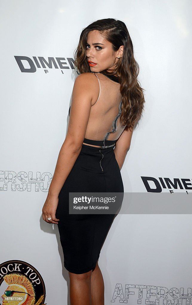 Actress Lorenza Izzo arrives for the Aftershock premiere at Mann Chinese 6 on May 1, 2013 in Los Angeles, California.