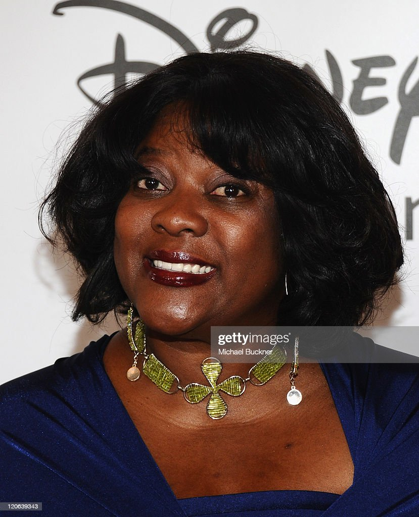 Actress <a gi-track='captionPersonalityLinkClicked' href=/galleries/search?phrase=Loretta+Devine&family=editorial&specificpeople=214600 ng-click='$event.stopPropagation()'>Loretta Devine</a> arrives at the Disney ABC Television Group's 'TCA 2001 Summer Press Tour' at the Beverly Hilton Hotel on August 7, 2011 in Beverly Hills, California.