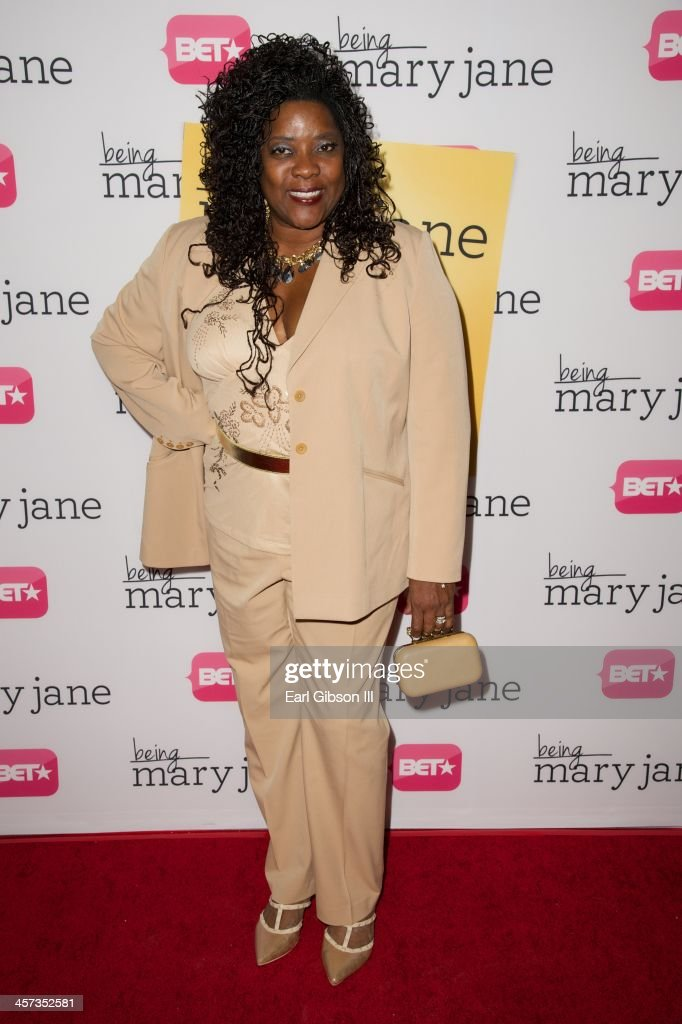 Actress <a gi-track='captionPersonalityLinkClicked' href=/galleries/search?phrase=Loretta+Devine&family=editorial&specificpeople=214600 ng-click='$event.stopPropagation()'>Loretta Devine</a> attends the 'Being Mary Jane' Los Angeles Premiere on December 16, 2013 in Los Angeles, California.