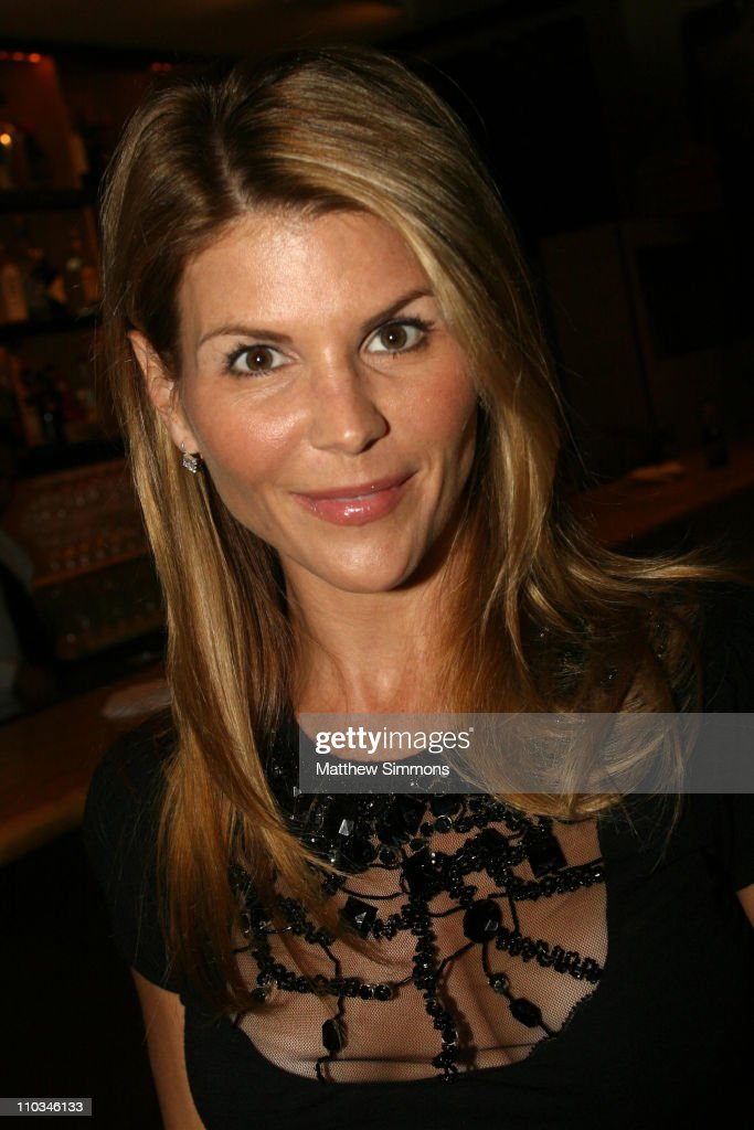 lori loughlin - photo #38