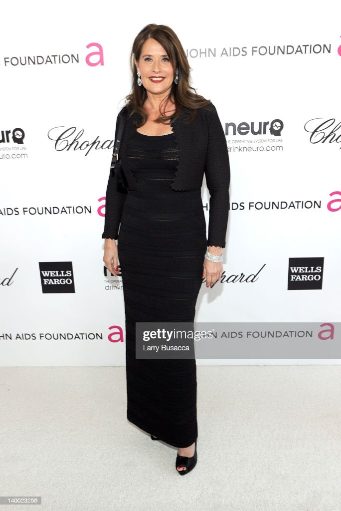 Actress <a gi-track='captionPersonalityLinkClicked' href=/galleries/search?phrase=Lorraine+Bracco&family=editorial&specificpeople=202545 ng-click='$event.stopPropagation()'>Lorraine Bracco</a> arrives at the 20th Annual Elton John AIDS Foundation Academy Awards Viewing Party at The City of West Hollywood Park on February 26, 2012 in Beverly Hills, California.