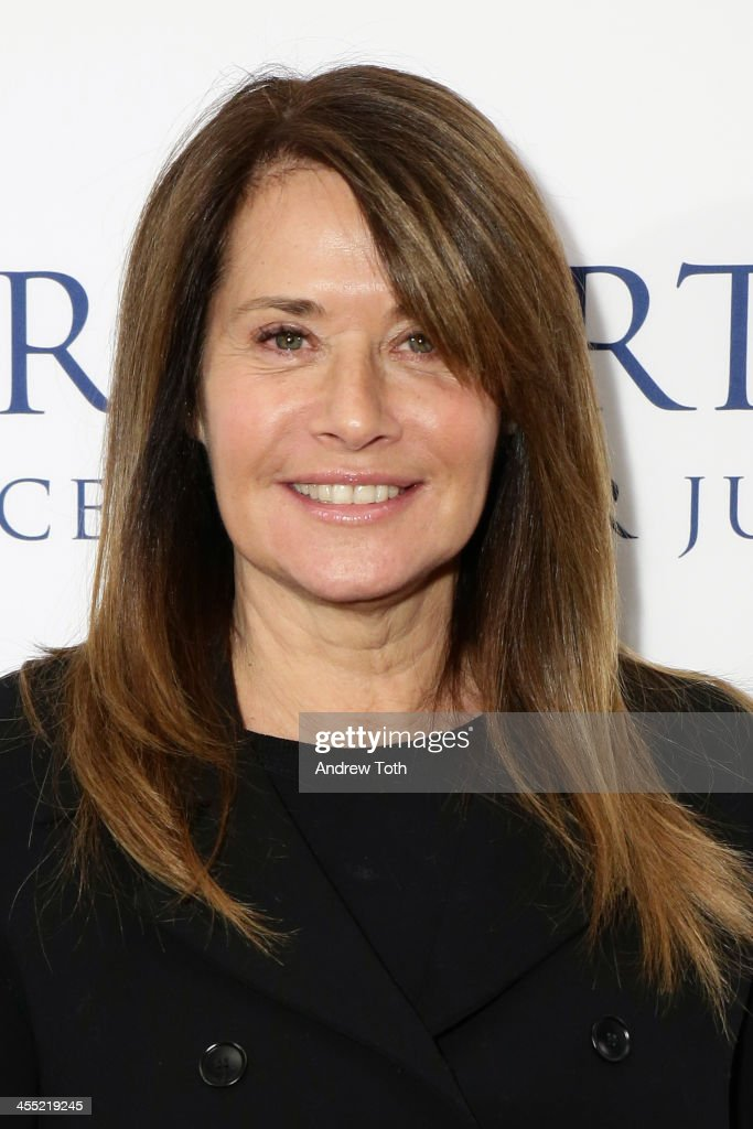 Actress <a gi-track='captionPersonalityLinkClicked' href=/galleries/search?phrase=Lorraine+Bracco&family=editorial&specificpeople=202545 ng-click='$event.stopPropagation()'>Lorraine Bracco</a> attends the 2013 Ripple of Hope Awards Dinner at New York Hilton on December 11, 2013 in New York City.