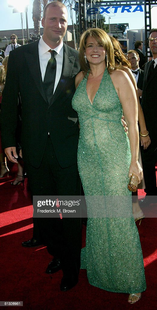 Actress Lorraine Bracco attends the 56th Annual Primetime Emmy Awards at the Shrine Auditorium September 19, 2004 in Los Angeles, California.