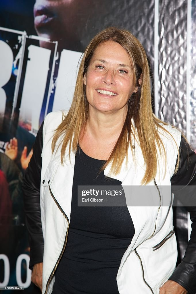 Actress <a gi-track='captionPersonalityLinkClicked' href=/galleries/search?phrase=Lorraine+Bracco&family=editorial&specificpeople=202545 ng-click='$event.stopPropagation()'>Lorraine Bracco</a> attends the premiere of 'Soul Children Of Chicago' at Historic American Legion - Post 43 on July 11, 2013 in Los Angeles, California.