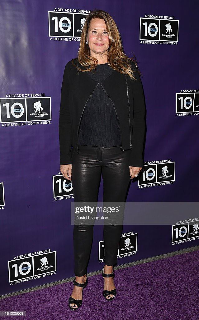 Actress <a gi-track='captionPersonalityLinkClicked' href=/galleries/search?phrase=Lorraine+Bracco&family=editorial&specificpeople=202545 ng-click='$event.stopPropagation()'>Lorraine Bracco</a> attends the Wounded Warrior Project's (WWP) Carry Forward Awards at Club Nokia on October 10, 2013 in Los Angeles, California.