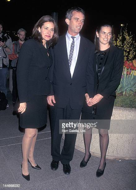 Actress Lorraine Bracco political activist Robert F Kennedy Jr and wife Mary Richardson Kennedy attend the Hudson Riverkeeper Fund Benefit on April 2...