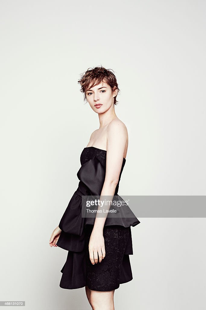 Louise Bourgoin, Self Assignment, February 2015