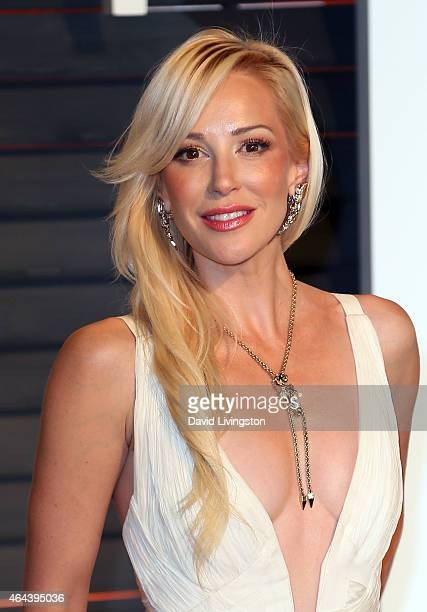 Actress Louise Linton attends the 2015 Vanity Fair Oscar Party hosted by Graydon Carter at the Wallis Annenberg Center for the Performing Arts on...