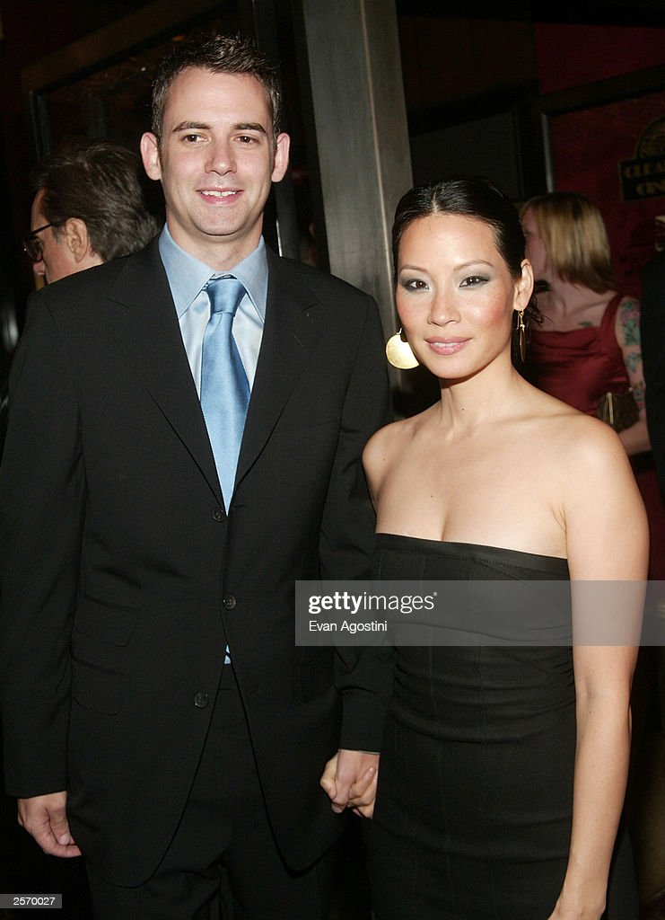 Actress Lucy Liu and boyfriend Zach Helm attend the New York premiere of Quentin Tarantino's 'Kill Bill Vol. 1' at the Ziegfeld Theater October 7, 2003 in New York City.