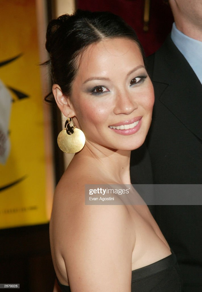 Actress Lucy Liu attends the New York premiere of Quentin Tarantino's 'Kill Bill Vol. 1' at the Ziegfeld Theater October 7, 2003 in New York City.