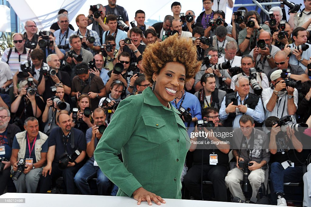 Actress <a gi-track='captionPersonalityLinkClicked' href=/galleries/search?phrase=Macy+Gray&family=editorial&specificpeople=208718 ng-click='$event.stopPropagation()'>Macy Gray</a> attend the 'The Paperboy' photocall during the 65th Annual Cannes Film Festival at Palais des Festivals on May 24, 2012 in Cannes, France.