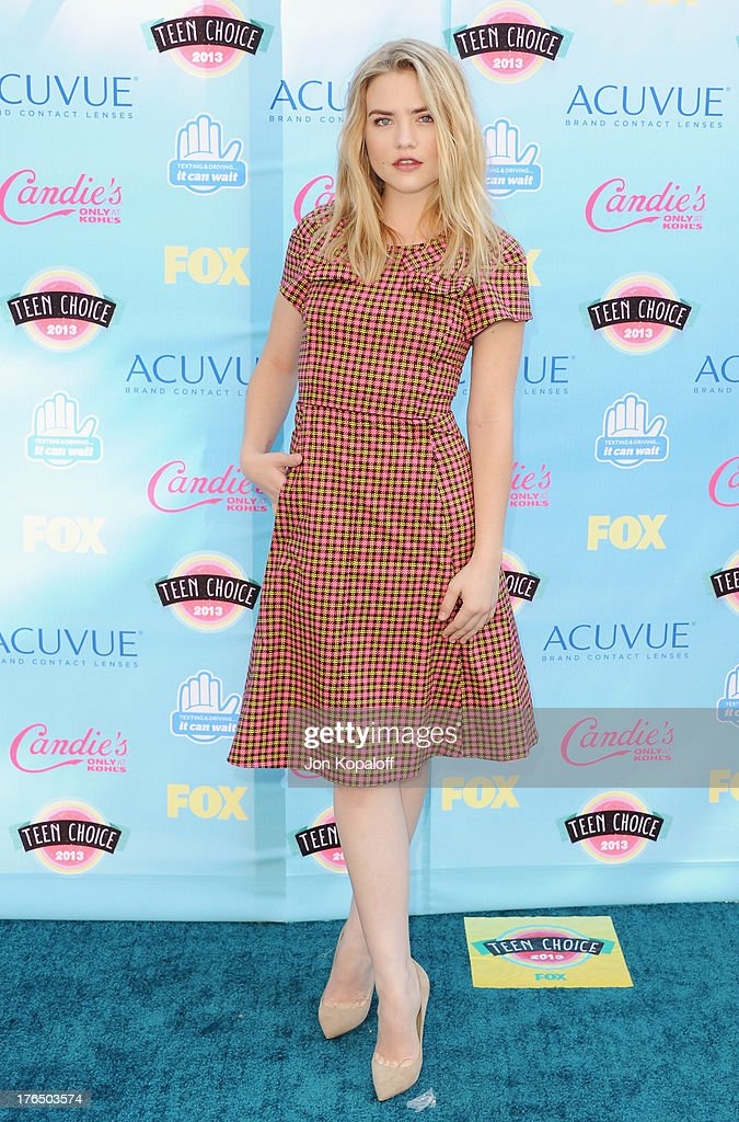 Actress Maddie Hasson arrives at the 2013 Teen Choice Awards at Gibson Amphitheatre on August 11, 2013 in Universal City, California.