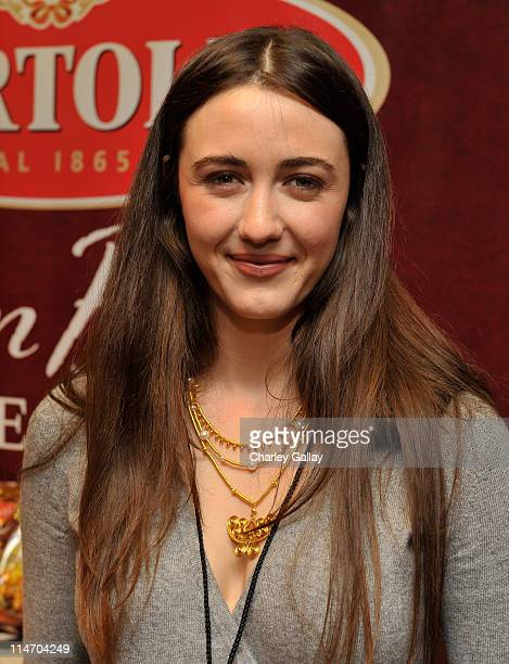 Actress Madeline Zima attends the Bertolli Oven Bake Meals at the Access Hollywood 'Stuff You Must' Lounge produced by On 3 Productions celebrating...