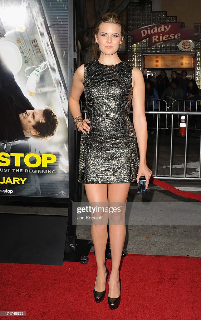 Actress <a gi-track='captionPersonalityLinkClicked' href=/galleries/search?phrase=Maggie+Grace&family=editorial&specificpeople=213706 ng-click='$event.stopPropagation()'>Maggie Grace</a> arrives at the Los Angeles Premiere 'Non-Stop' at Regency Village Theatre on February 24, 2014 in Westwood, California.