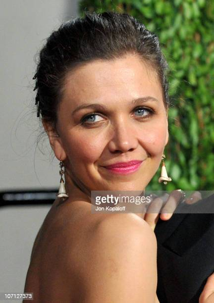 Actress Maggie Gyllenhaal arrives at the 2010 Vanity Fair Oscar Party held at Sunset Tower on March 7 2010 in West Hollywood California