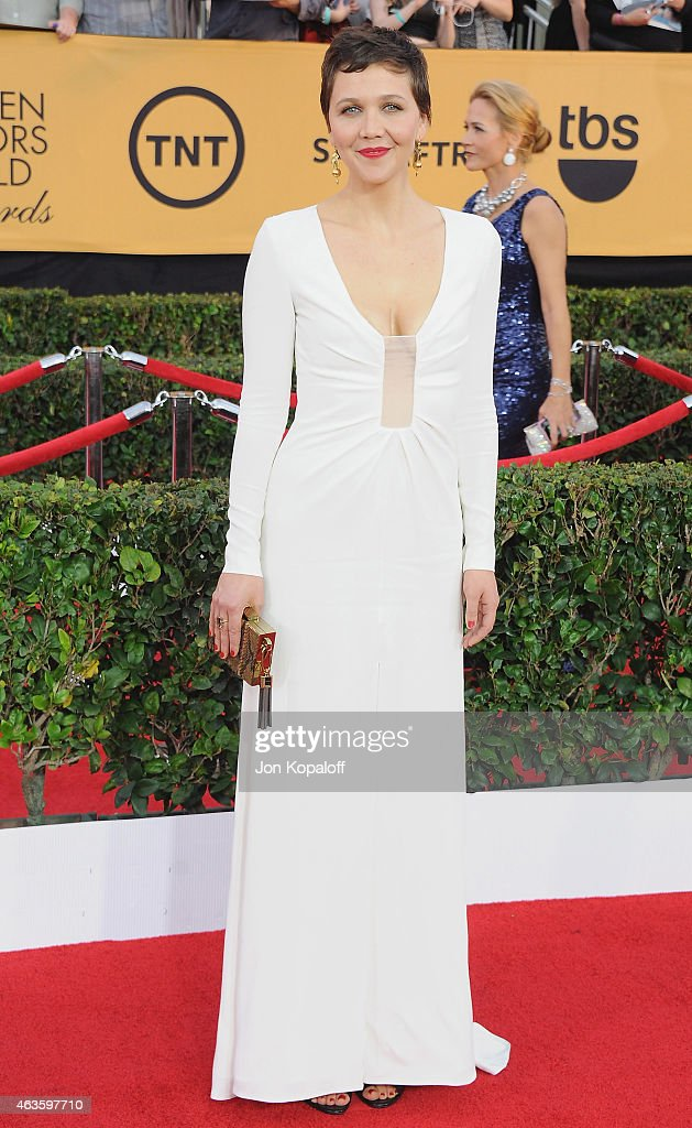 Actress Maggie Gyllenhaal arrives at the 21st Annual Screen Actors Guild Awards at The Shrine Auditorium on January 25, 2015 in Los Angeles, California.