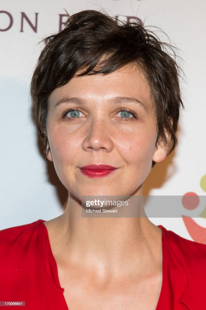 Actress <a gi-track='captionPersonalityLinkClicked' href=/galleries/search?phrase=Maggie+Gyllenhaal&family=editorial&specificpeople=202607 ng-click='$event.stopPropagation()'>Maggie Gyllenhaal</a> attends Annual Ubuntu Education Fund NY Gala at Gotham Hall on June 6, 2013 in New York City.