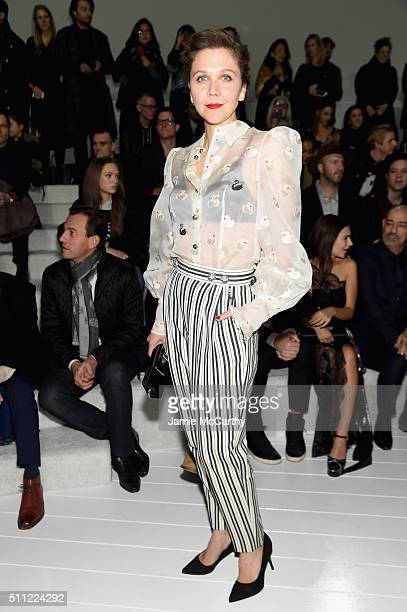 Actress Maggie Gyllenhaal attends the Marc Jacobs Fall 2016 fashion show during New York Fashion Week at Park Avenue Armory on February 18 2016 in...
