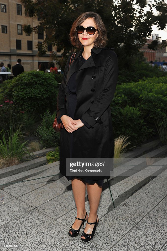 Actress <a gi-track='captionPersonalityLinkClicked' href=/galleries/search?phrase=Maggie+Gyllenhaal&family=editorial&specificpeople=202607 ng-click='$event.stopPropagation()'>Maggie Gyllenhaal</a> attends the Summer Party on the HIGH LINE, Presented by COACH at The Highline on June 19, 2012 in New York City.