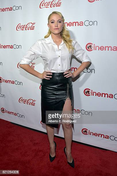Actress Maika Monroe one of the recipients of the Ensemble of the Universe Award for 'Independence Day Resurgence' attends the CinemaCon Big Screen...