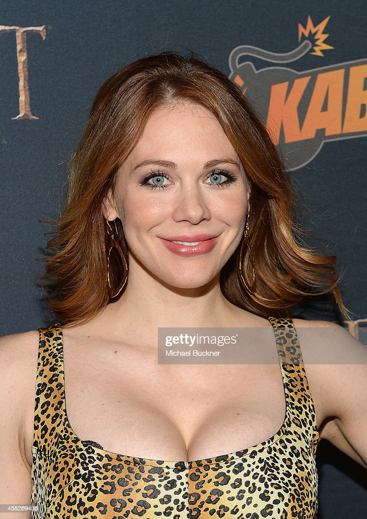Actress <a gi-track='captionPersonalityLinkClicked' href=/galleries/search?phrase=Maitland+Ward&family=editorial&specificpeople=2850630 ng-click='$event.stopPropagation()'>Maitland Ward</a> arrives at 'The Hobbit: The Desolation Of Smaug Expansion Pack' Kabam Mobile Game hits the red carpet at Eveleigh on December 11, 2013 in West Hollywood, California.