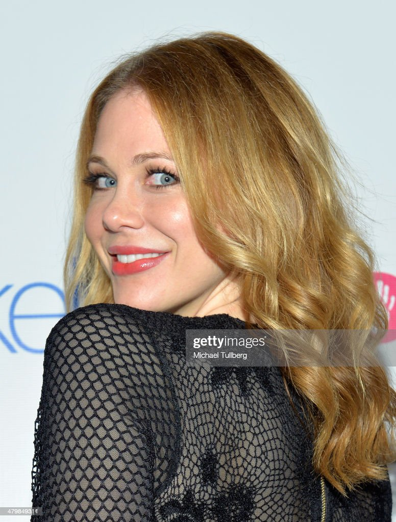 Actress <a gi-track='captionPersonalityLinkClicked' href=/galleries/search?phrase=Maitland+Ward&family=editorial&specificpeople=2850630 ng-click='$event.stopPropagation()'>Maitland Ward</a> attends the Unlikely Heroes Red Carpet Spring Benefit held at SupperClub Los Angeles on March 20, 2014 in Los Angeles, California.