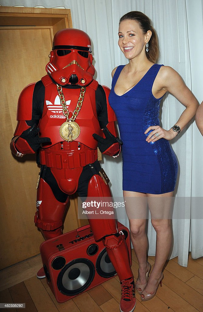 Actress <a gi-track='captionPersonalityLinkClicked' href=/galleries/search?phrase=Maitland+Ward&family=editorial&specificpeople=2850630 ng-click='$event.stopPropagation()'>Maitland Ward</a> with The Hip Hop Trooper at Infolist.com's Pre-Comic-Con Bash held at Sky Bar on July 17, 2014 in West Hollywood, California.
