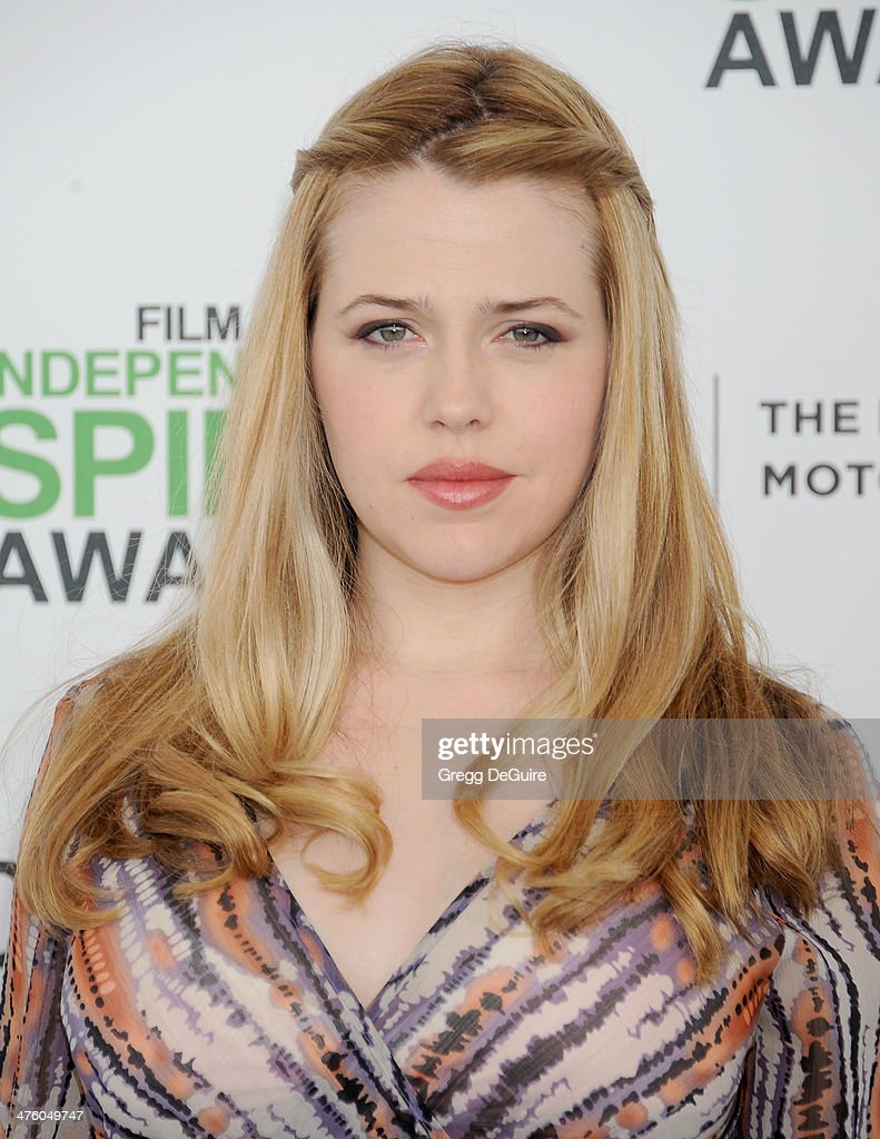 Actress <a gi-track='captionPersonalityLinkClicked' href=/galleries/search?phrase=Majandra+Delfino&family=editorial&specificpeople=691191 ng-click='$event.stopPropagation()'>Majandra Delfino</a> arrives at the 2014 Film Independent Spirit Awards on March 1, 2014 in Santa Monica, California.