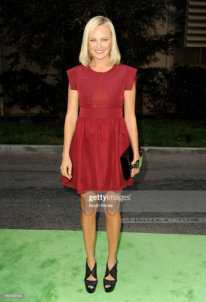 Actress <a gi-track='captionPersonalityLinkClicked' href=/galleries/search?phrase=Malin+Akerman&family=editorial&specificpeople=598245 ng-click='$event.stopPropagation()'>Malin Akerman</a> arrives at the 2012 Environmental Media Awards at Warner Brothers Studios on September 29, 2012 in Burbank, California.