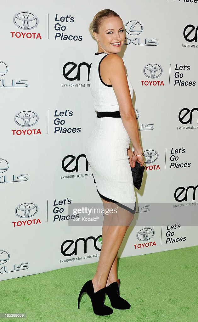 Actress <a gi-track='captionPersonalityLinkClicked' href=/galleries/search?phrase=Malin+Akerman&family=editorial&specificpeople=598245 ng-click='$event.stopPropagation()'>Malin Akerman</a> arrives at the 2013 Environmental Media Awards at Warner Bros. Studios on October 19, 2013 in Burbank, California.