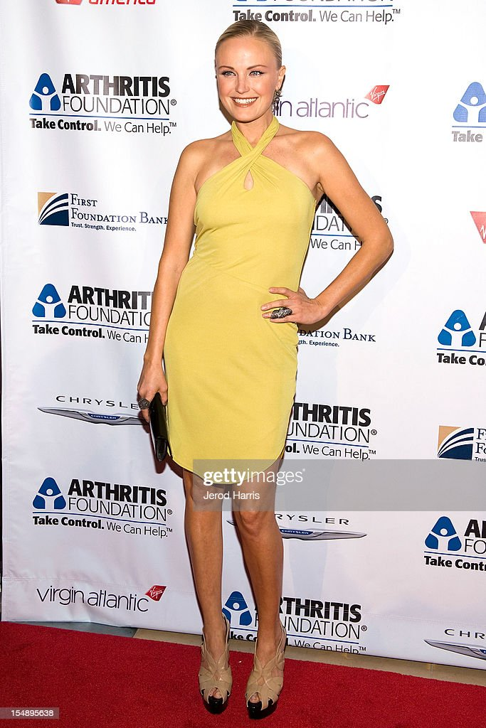 Actress <a gi-track='captionPersonalityLinkClicked' href=/galleries/search?phrase=Malin+Akerman&family=editorial&specificpeople=598245 ng-click='$event.stopPropagation()'>Malin Akerman</a> arrives at the Arthritis Foundation's Annual Gala at The Beverly Hilton Hotel on October 25, 2012 in Beverly Hills, California.